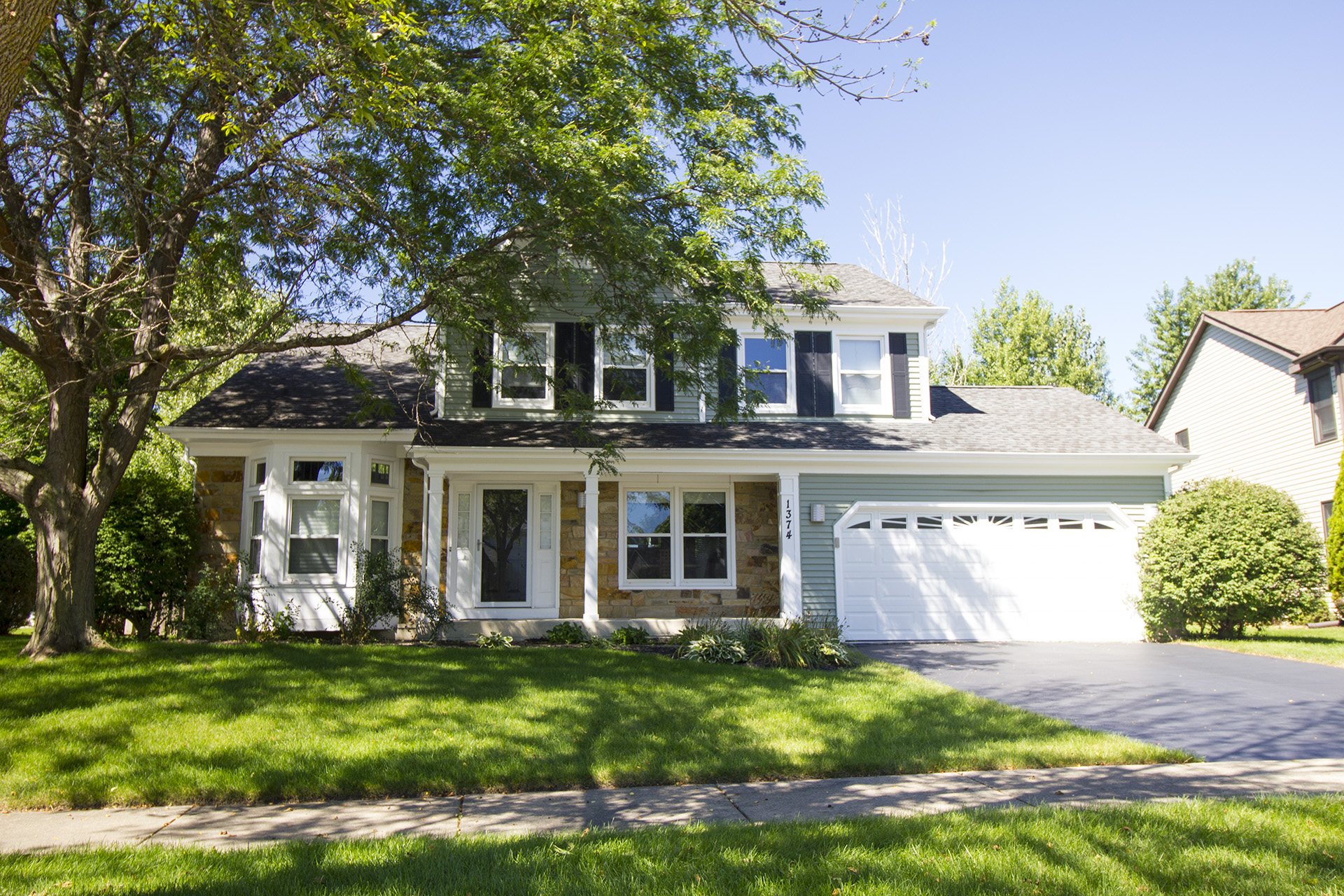 Buffalo Grove Realtor fers Homes For Sale and Local Info
